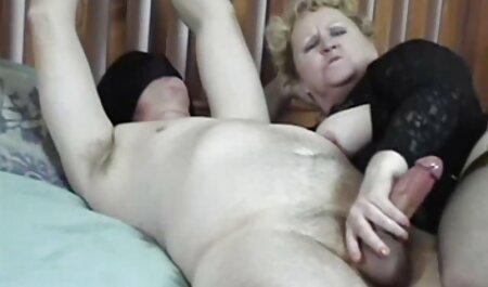 Un uomo ha vecchie porche ciccione una ragazza e la masturbazione .