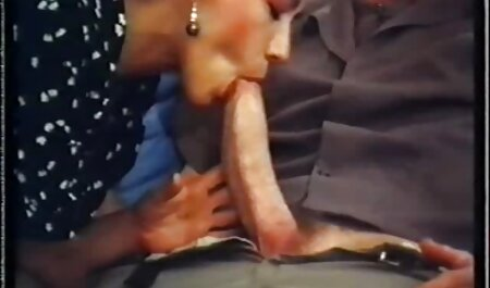 Modelli slim in tutte video porno vecchie troie le posizioni